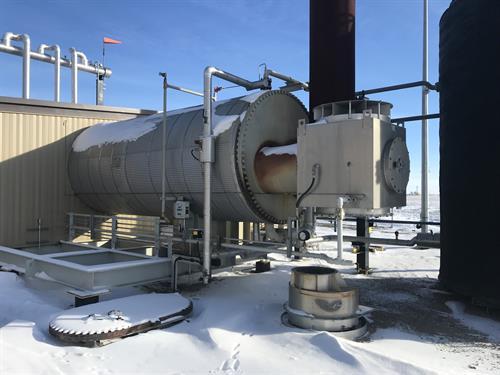 Hot Oil Heat Medium Package 4.0 MMBTUHR 1172 kW Used-IMG_4681