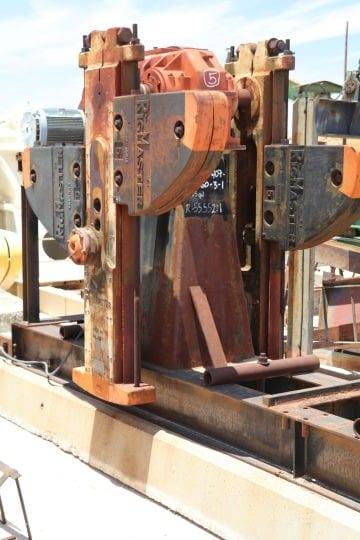 IMG_2065-160-Rig-Master-Pumping-Unit